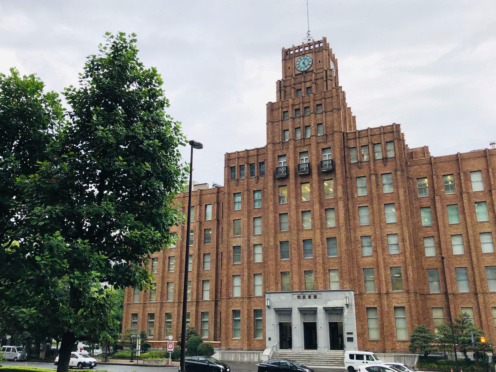四日市看護医療大学地域研究機構地域センター長の竹下譲さんとのご縁。
