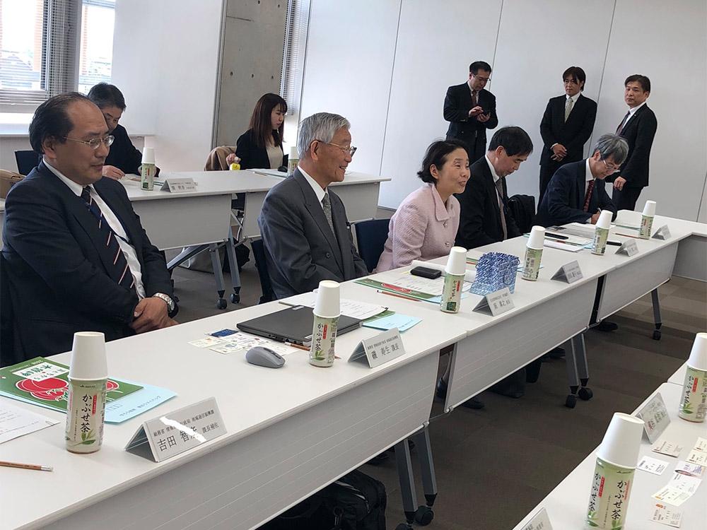 三重県木曽岬町にて「ICT街づくり推進会議構成員等と加藤町長等との意見交換会」に参加