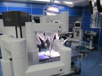 手術ロボットダヴィンチの先端部分